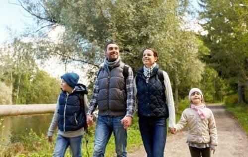 Fordele ved at gå en tur som familie