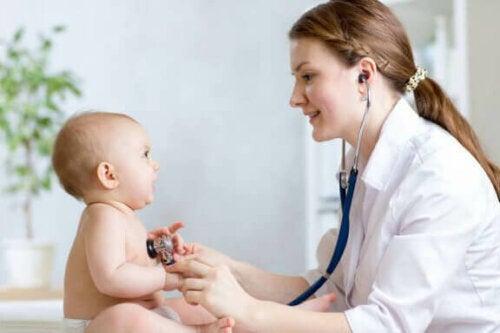 Rotavirus: Hvad det er, symptomer og behandling