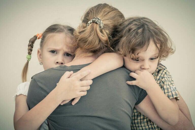Hvordan du kan afholde angst fra at påvirke dine børn