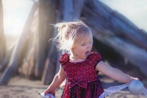 Når børn skriger: Hvad gør man som forældre?