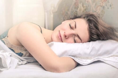 6 tricks til at holde din hud hydreret og i perfekt stand: Hvile og søvn.
