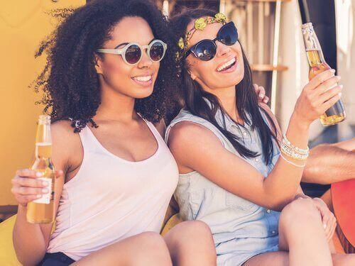 Jagt efter popularitet blandt teenagere