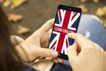 Dine børn kan lære engelsk med 8 fantastiske apps