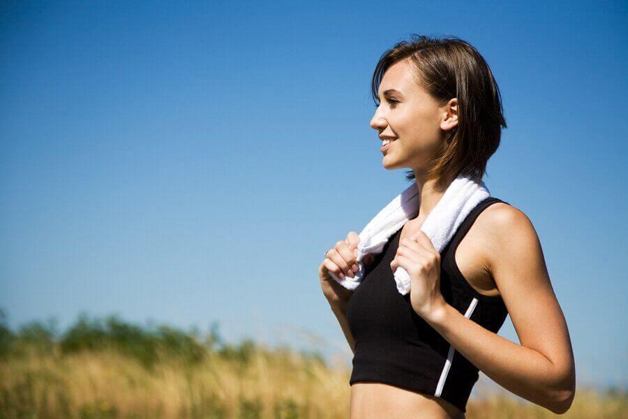 Bekæmp cellulitis med træning.