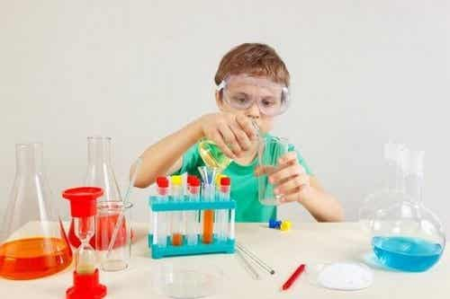 4 sjove videnskabseksperimenter for børn