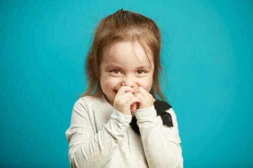 Giftig skam hos børn: Hvordan udvikler de det?