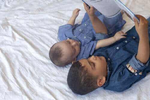 Historier om misundelse, du kan læse med børn