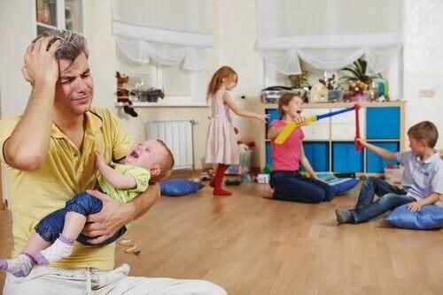 Singleforældre oplever ofte mere stress