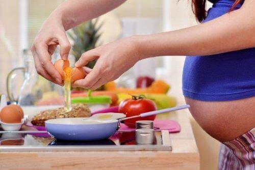 En guide til ernæring for gravide kvinder