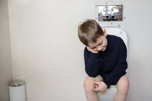 Overflodsinkontinens hos børn.
