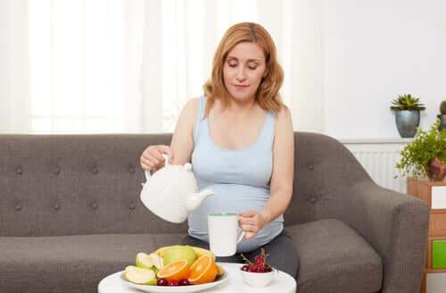 Sådan håndtere du halsbrand og fordøjelsesbesvær i graviditet: Kost.