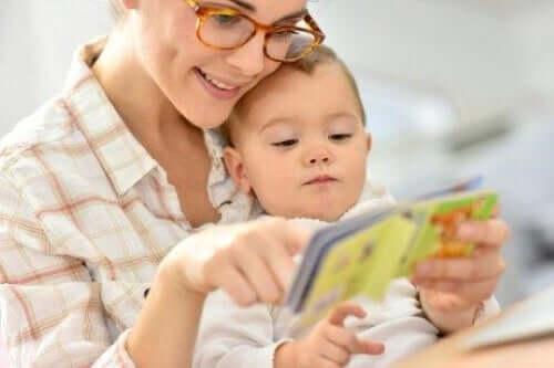 mor der læser for baby