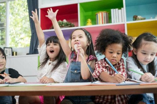 små børn til undervisning