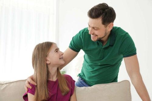 far og datter med god kommunikation