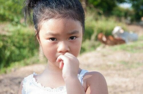 Hvordan man kan forebygge neglebidning hos børn