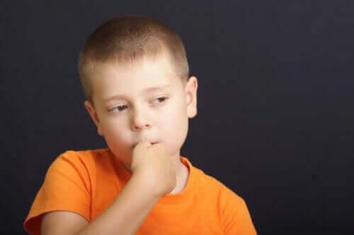 dreng der bider negle