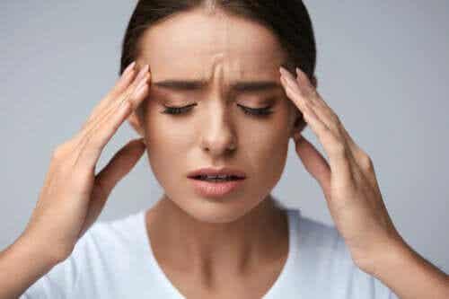 Hovedpine efter fødsel: Alt, hvad du bør vide