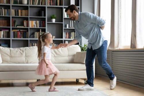 Aktiviteter til at lære børn gode manerer