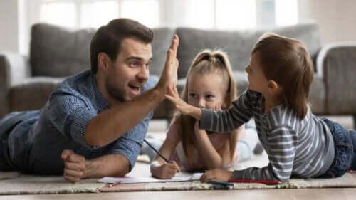Sådan bruges ros og belønning til børn