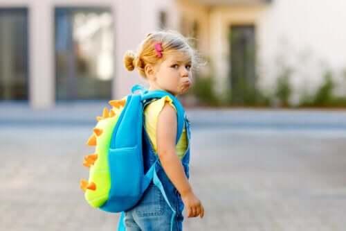 Hvad skal man gøre, hvis ens barn nægter at gå i skole?