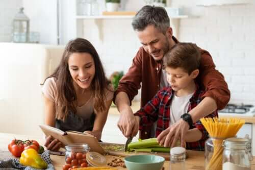 Støttende forældre og tilladende forældre: Hvad er forskellen?